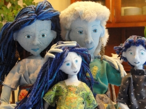 Doll Family detail